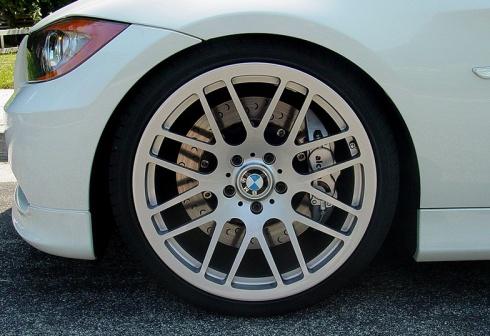 BMW-Series3-brembo