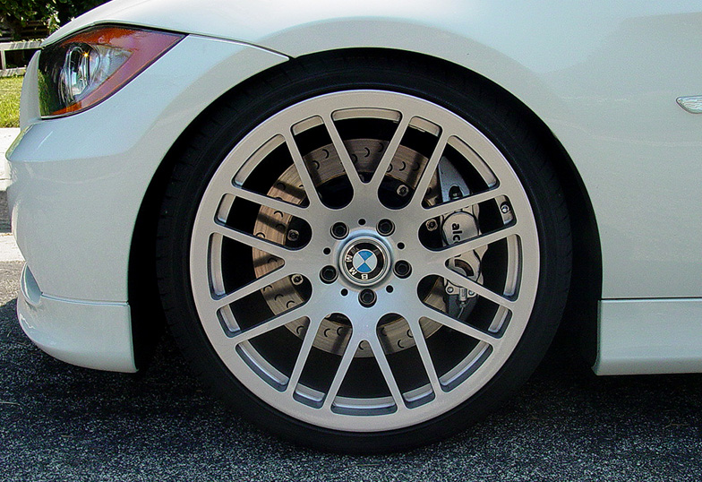 BMW-Series3-brembo