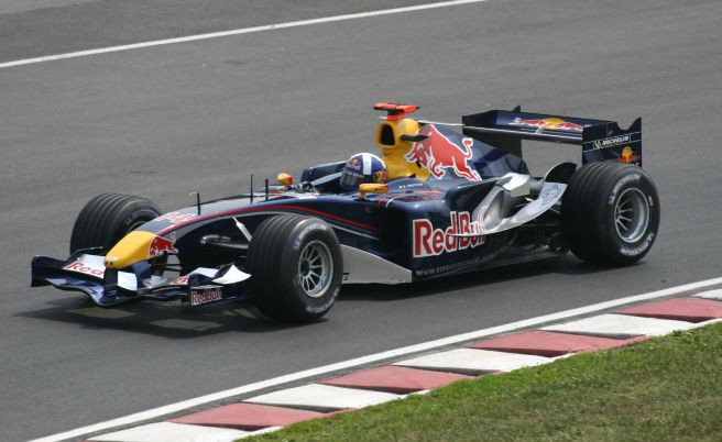 David Coulthard a bordo del Red Bull RB1 de 2005
