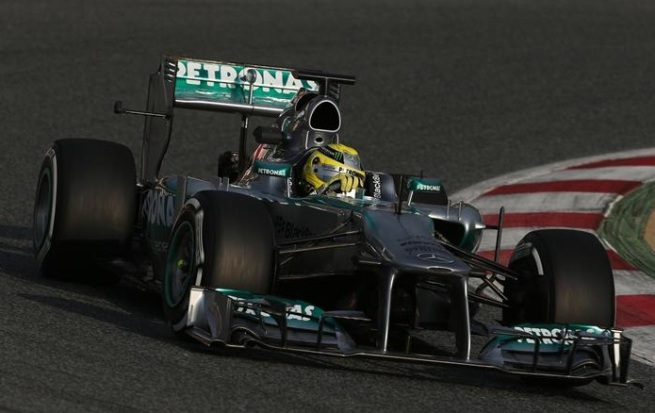 rosberg-mercedes-montmelo-day1