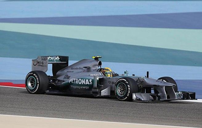 Excelente carrera de Hamilton, quinto hoy en Bahrein