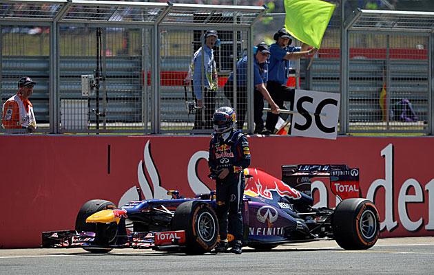 GP-Gran-Bretana-2013-Vettel-KO
