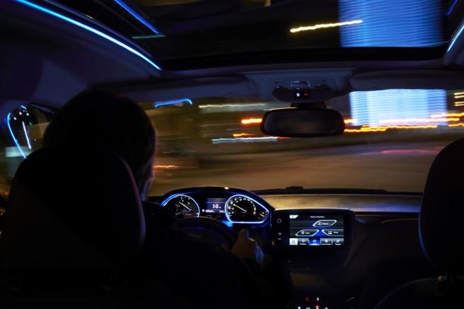El Grip Control de Peugeot se activa desde el propio salpicadero
