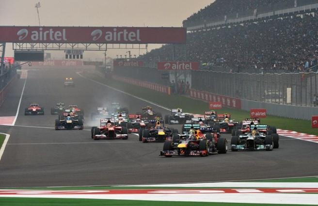 Momento de la salida del GP de la India 2013
