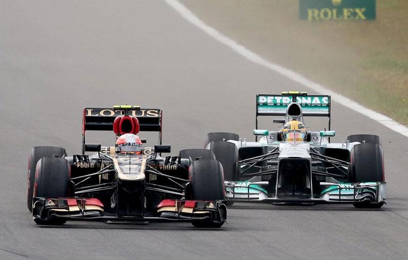 Lewis Hamilton, luchando a brazo partido con Lewis Hamilton