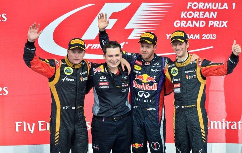 Pódium del GP de Corea, con Sebastian Vettel de nuevo en lo más alto