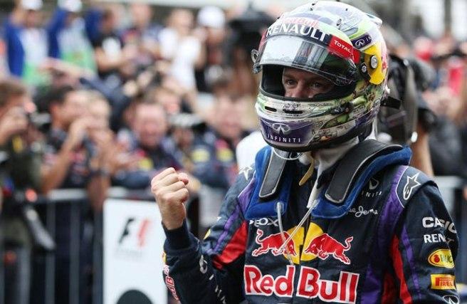 Sebastian Vettel, feliz tras su novena victoria consecutiva
