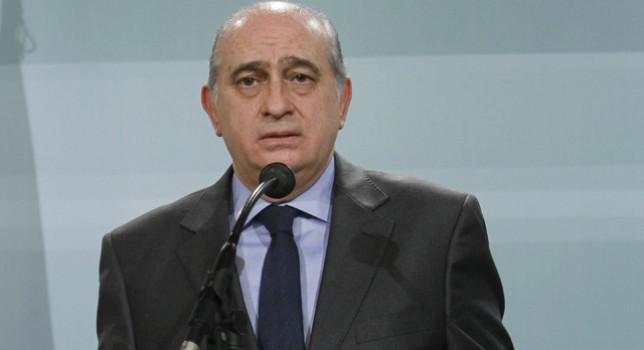 El Ministro del Interior durante su comparecencia de ayer