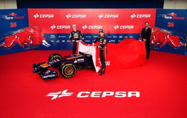 Jean-Eric Vergne y Daniil Kyvat presentando el nuevo STR9