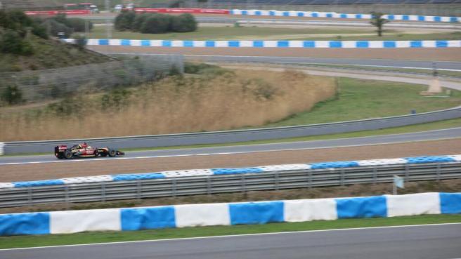 Pastor Maldonado, rodando el pasado fin de semana en Jerez con el nuevo Lotus E22