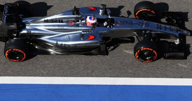 Jenson Button, el único capaz de plantarle cara a los Mercedes