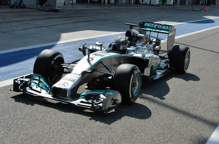 Nico Rosberg, sin oposición el último día de tests en Bahrein