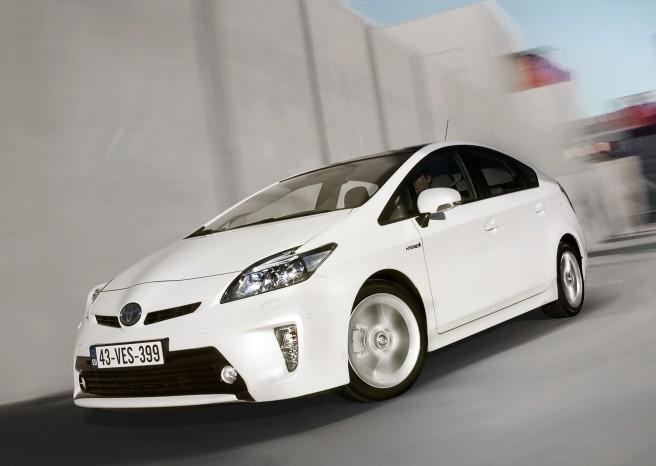 Casi dos millones de Toyota Prius, a revisión extraordinaria