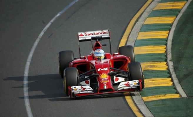 Gris debut de Ferrari y Fernando Alonso en Melbourne