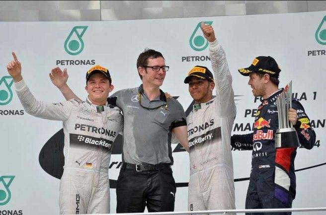 Lewis Hamilton, feliz tras su primera victoria de la temporada