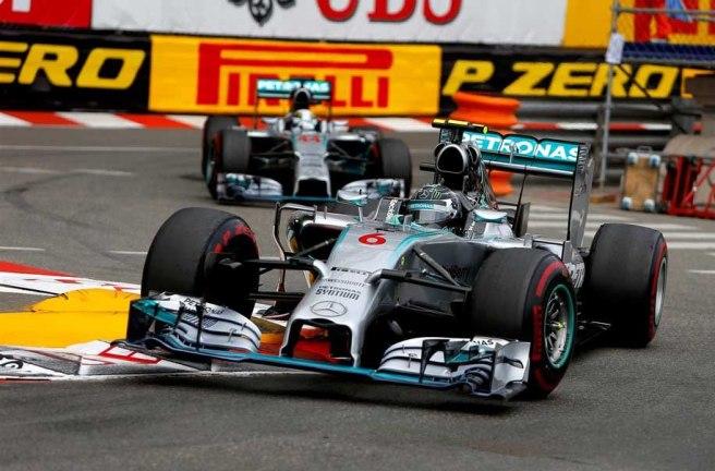 La pole de Rosberg desata la marejada en Mercedes