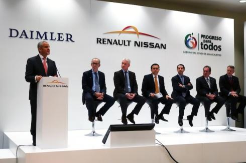 Presentación del acuerdo entre Daimler y Renault-Nissan en México