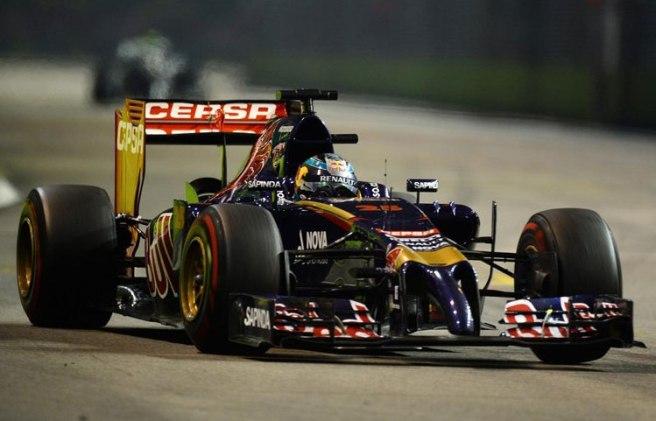 Excelente carrera de Jean-Eric Vergne y su Toro Rosso