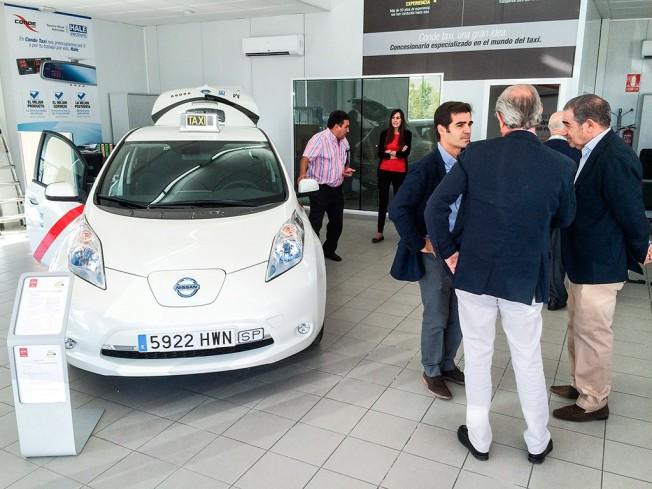 El Nissan Leaf homologado como taxi en la Comunidad de Madrid