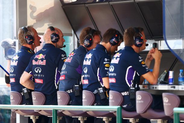 La FIA flexibiliza su prohibición de las órdenes por radio en la F1La FIA flexibiliza su prohibición de las órdenes por radio en la F1