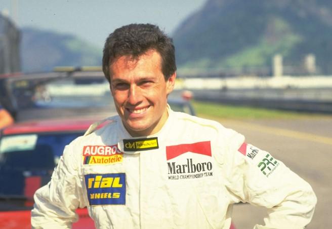 Andrea de Cesaris muere en un accidente de moto