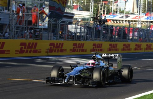Jenson Button renace con una magnífica cuarta plaza