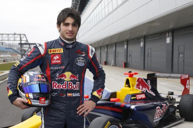 Carlos Sáinz Jr., por fin, nuevo piloto de Toro Rosso para 2015