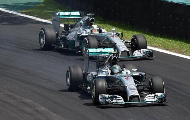 Magnífico duelo entre los dos Mercedes, saldado a favor de Rosberg