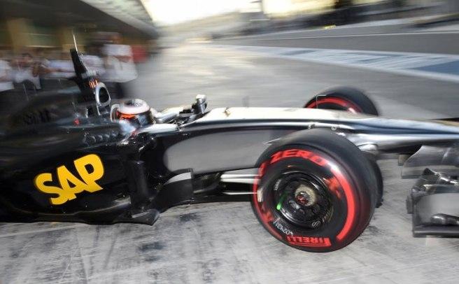 Nuevo fiasco de McLaren, que hoy se volvió a quedar sin rodar en Yas Marina