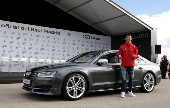 Cristiano Ronaldo y su flamante Audi S8