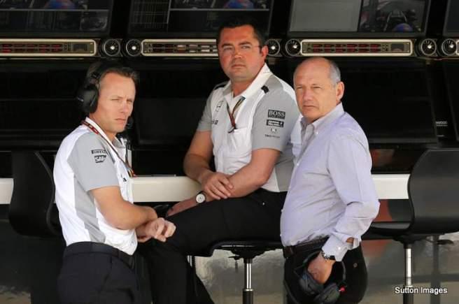 Sin acuerdo en la dirección de McLaren por sus pilotos para 2015