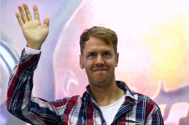 Sebastian Vettel se despidió de sus compañeros de Red Bull en Milton Keynes