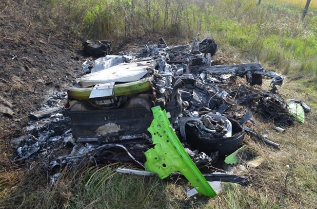Destroza su Lamborghini Huracan a más de 300 kms/h