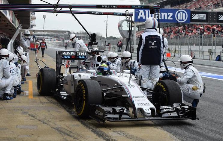 Felipe Massa se pasó gran parte de la jornada de hoy practicando pitstops