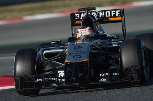 Nico Hulkenberg no vivió una buena jornada en Barcelona para Force India