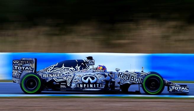 Daniel Ricciardo tuvo que cambiar la unidad de potencia de su Red Bull RB11