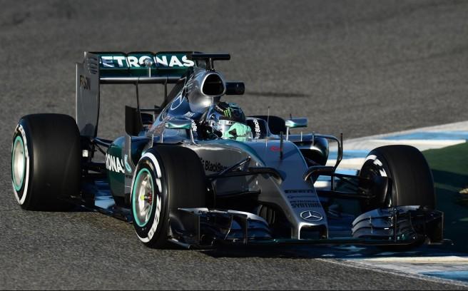 Mercedes, un año más, el rival a batir