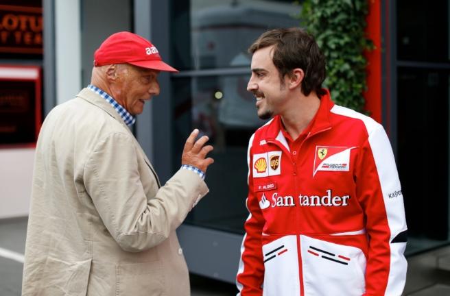 """Niki Lauda llama """"egocéntrico"""" a Fernando Alonso y le acusa de envenenar Ferrari"""