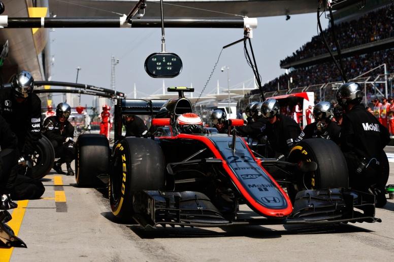 Mal día en general para McLaren y, en especial, para Jenson Button