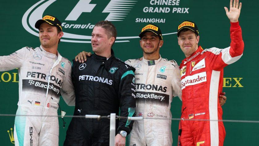 Podium del GP de China, de nuevo con los dos Mercedes en lo más alto