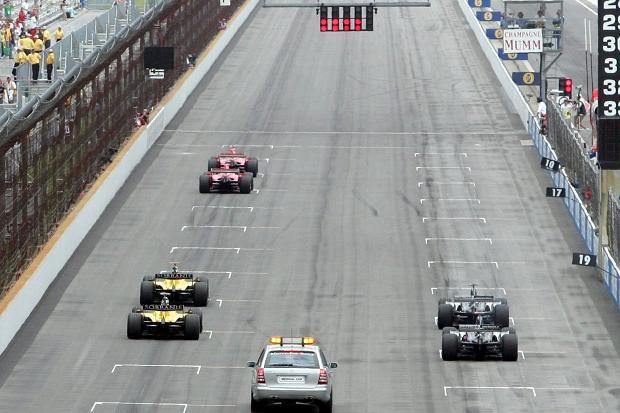 Parrilla de salida del infame GP de EE.UU. de 2005 en Indianápolis
