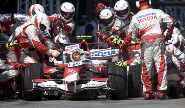 Vuelven los repostajes a la Fórmula 1 en 2017