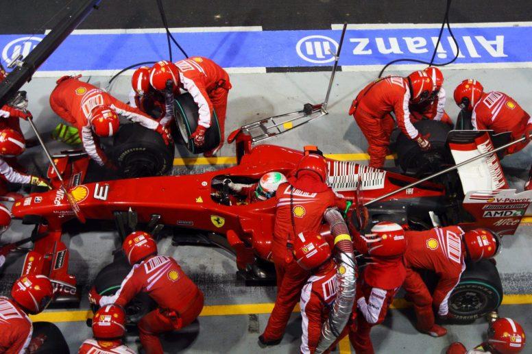 Los equipo de Fórmula 1, absolutamente en contra de la vuelta de los repostajes