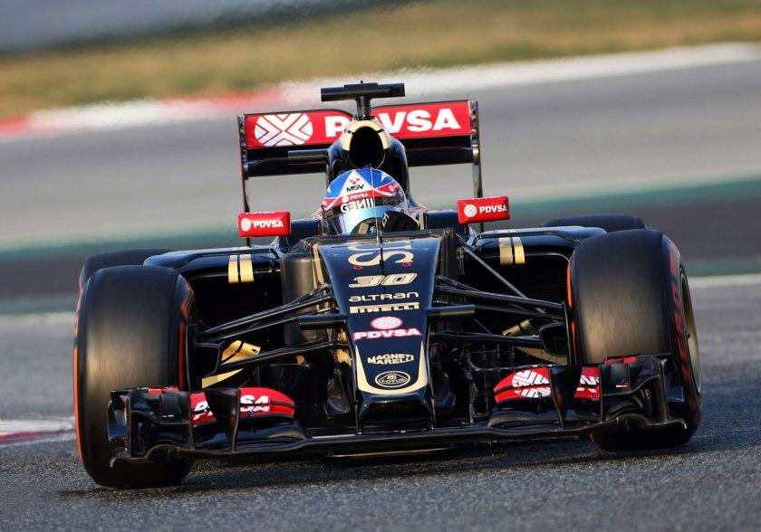 Jolyon Palmer (Lotus E23) durante el último test celebrado en mayo en Barcelona