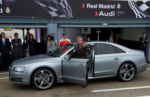 José Mourinho, condenado a seis meses de privación de carnet