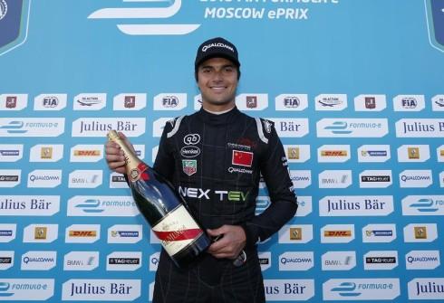 Nelsinho Piquet, renovado por varios años con el equipo NEXTEV TEC de Fórmula E