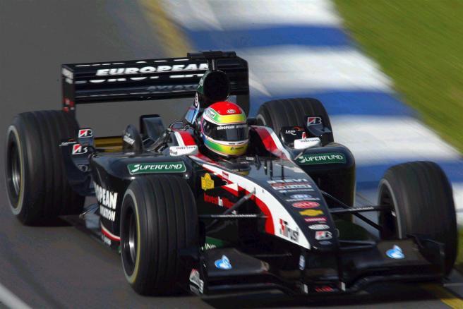 Justin Wilson, a bordo del Minardi PS03 de 2003