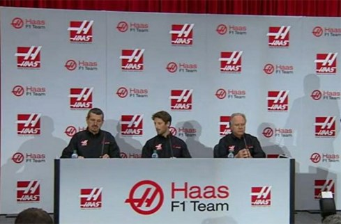 Imagen de la rueda de prensa ofrecida hoy por el equipo Haas