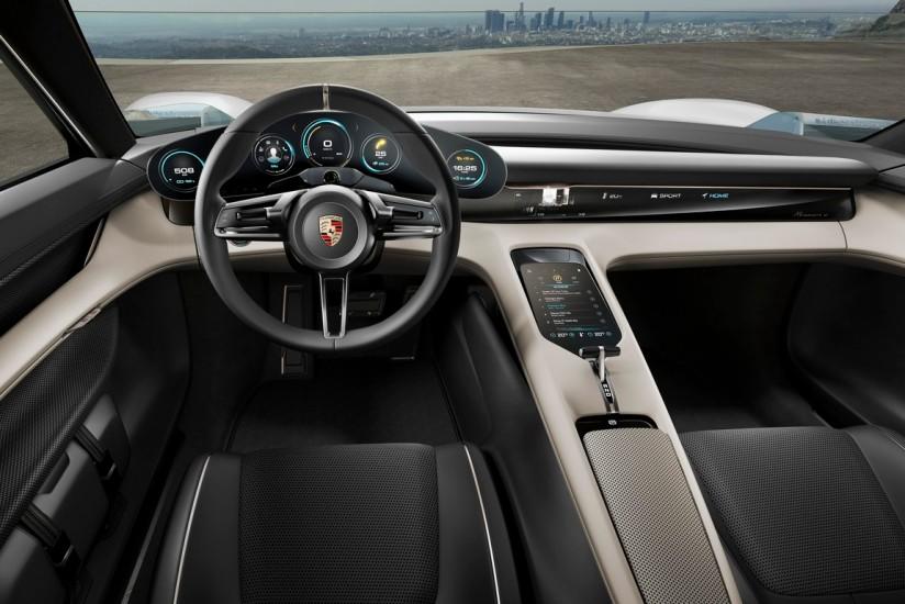 Lujo y tecnología, de la mano en el interior del Porsche Mission E