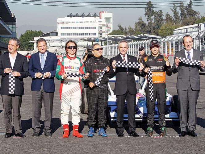 Inauguración del nuevo Circuito Hermanos Rodríguez, en México